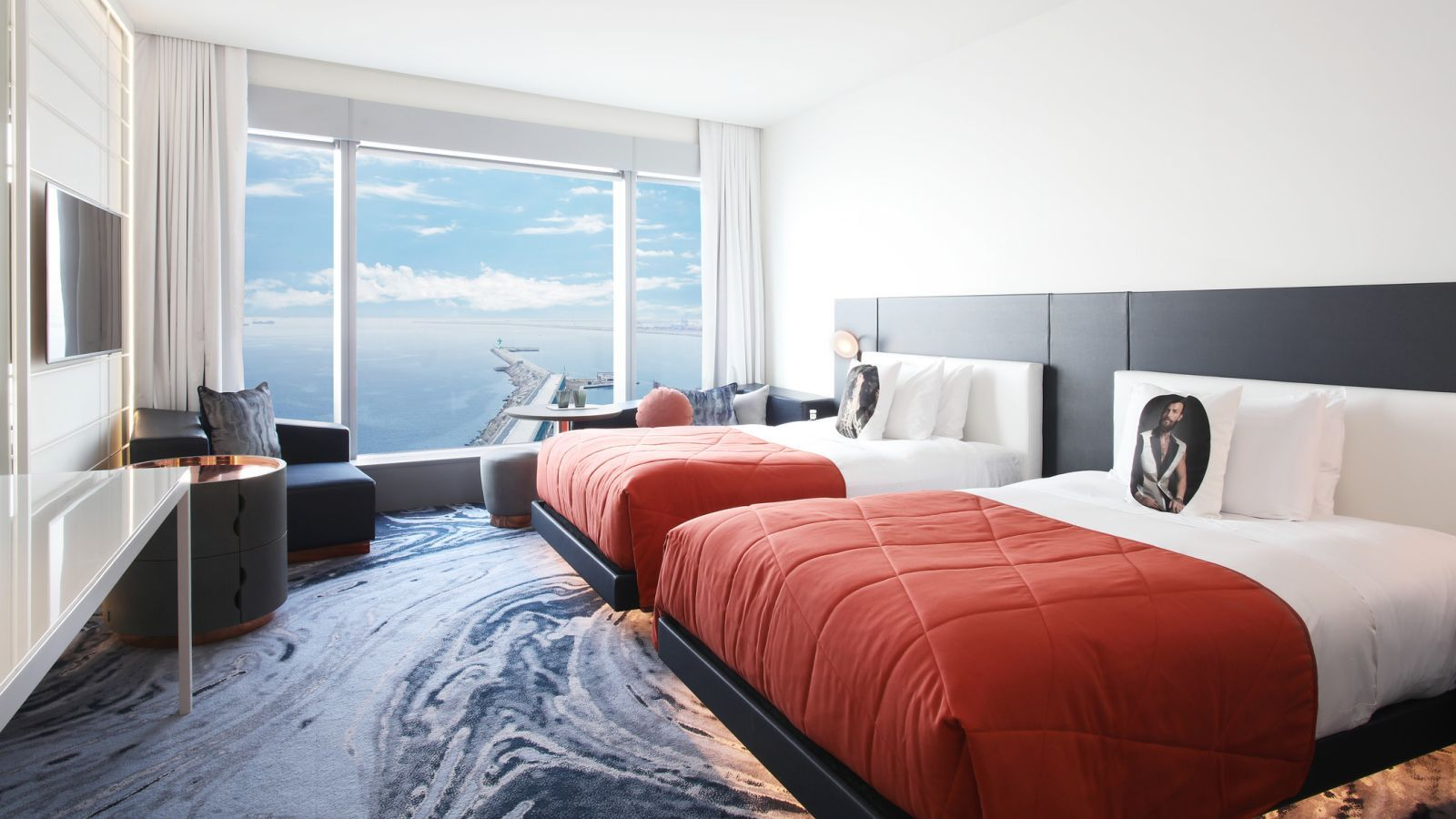 Wonderful Sky Room with twin beds at W Barcelona