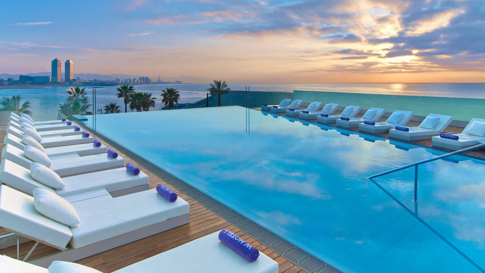 Amazing Infinity Pool Of W Hotel Barcelona